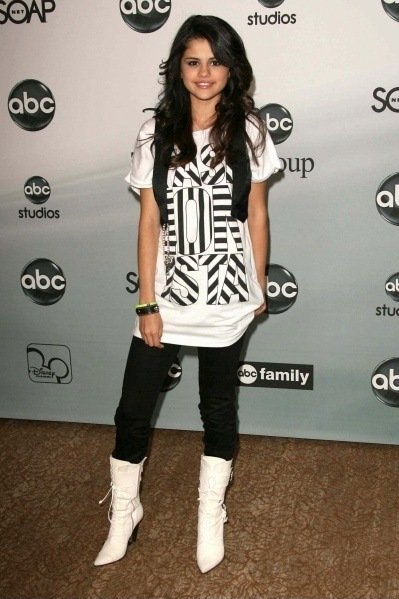 Selena gomez, 360, x, 640, wallpapers, selena gomez, бесплатно, загрузок, мобильный, телефон, магазин