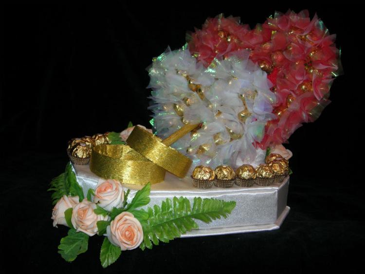 Сладкий букет из конфет своими руками на свадьбу 24