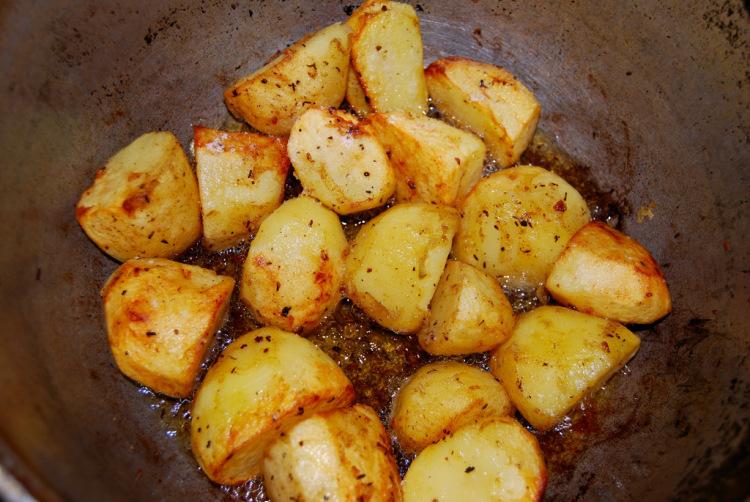 Жаркое с курицей и картошкой в казане рецепт