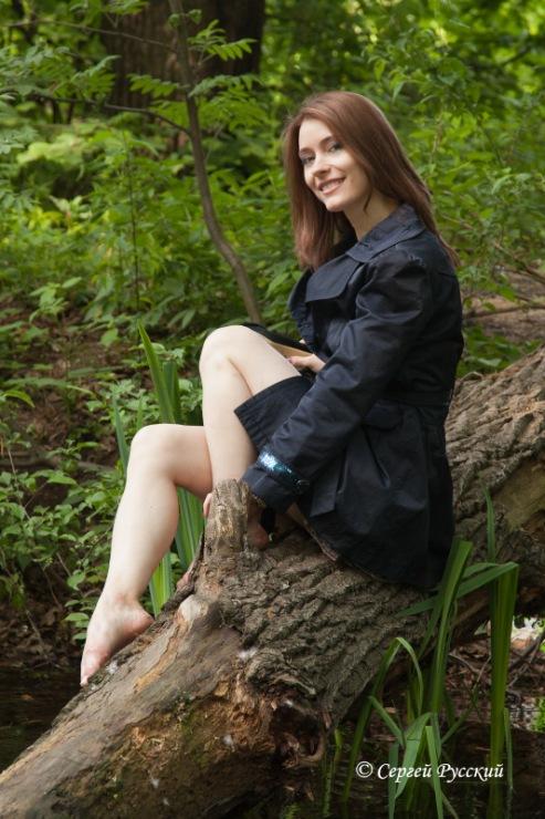 голые тетки в лесу фото